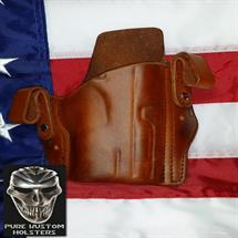 Pure_Kustom_Holsters_CZ_OMEGA1_with_light_Combo_Saddle_Tan